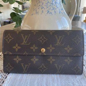 Louis Vuitton Portefeiulle SarahLong Bifold Wallet